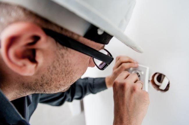 Normas de seguridad para el manejo de electricidad